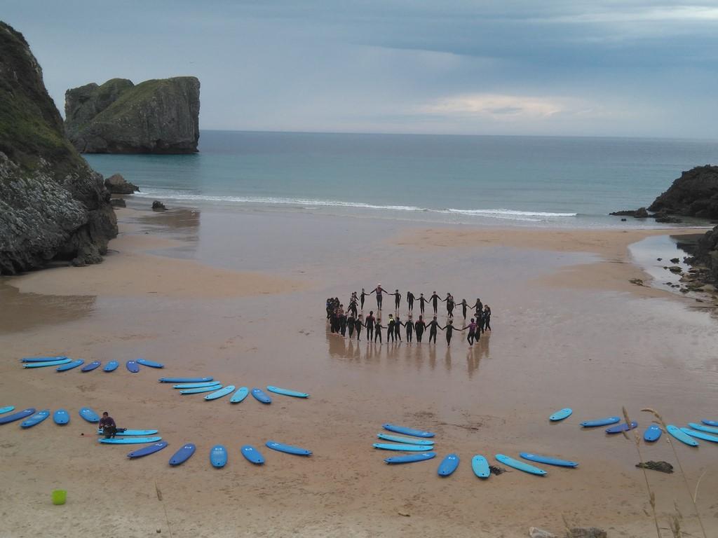 Ya-estan-aqui-los-viajes-de-estudiantes-blog-playa