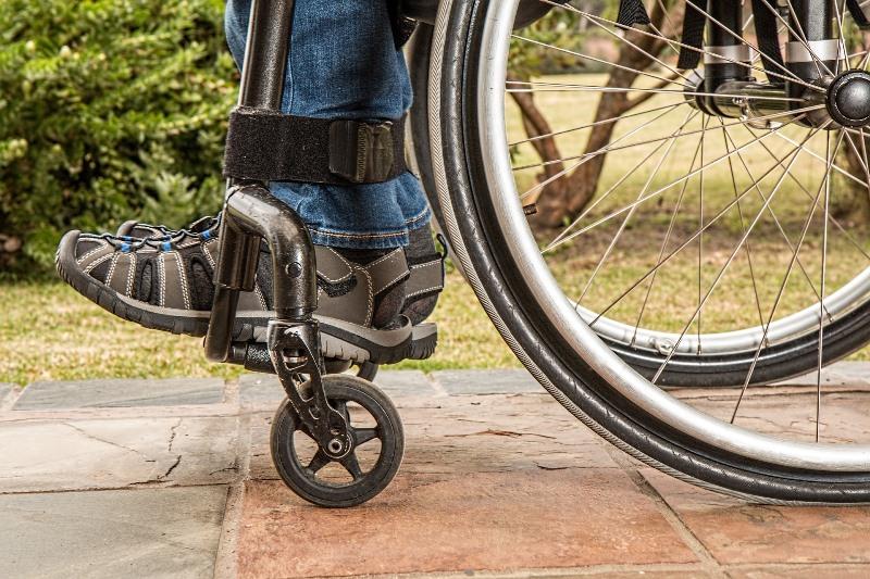 Recursos-de-una-ciudad-accesible-blog-silla