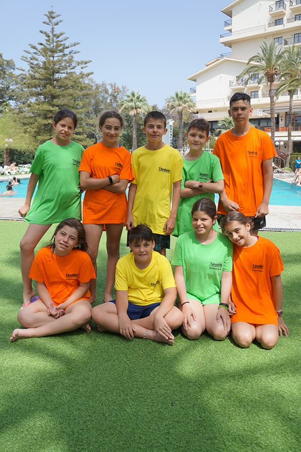 viajes-fin-de-curso-playa-benicassim-piscina